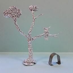 búho en un árbol